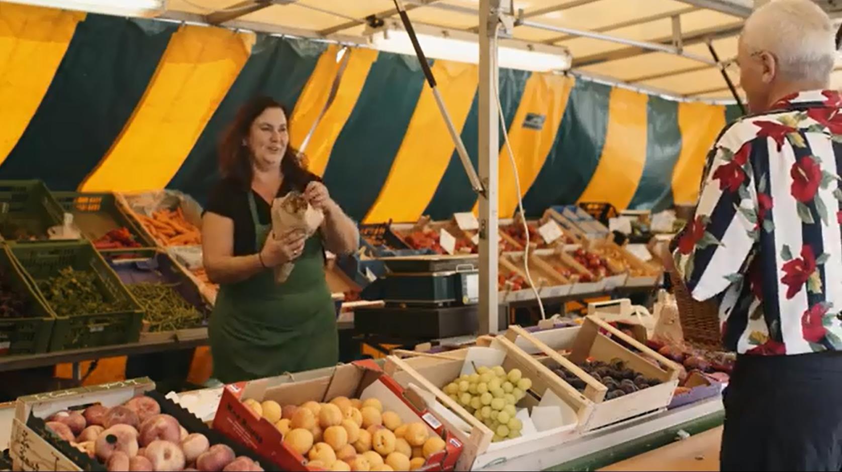 Wochenmarkt mittwochs und samstags am Marktplatz