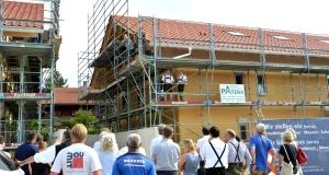 """Richtfest """"Im Sommerfeld"""". Credit: Markt Holzkirchen"""