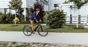 STADTRADELN_Mann auf Fahrrad