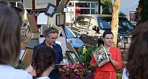 Einweihung des Kunstwerks Passepartout am Marktplatz