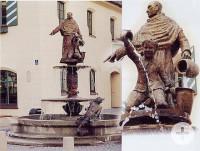 Brunnen mit Abt am Rathaus