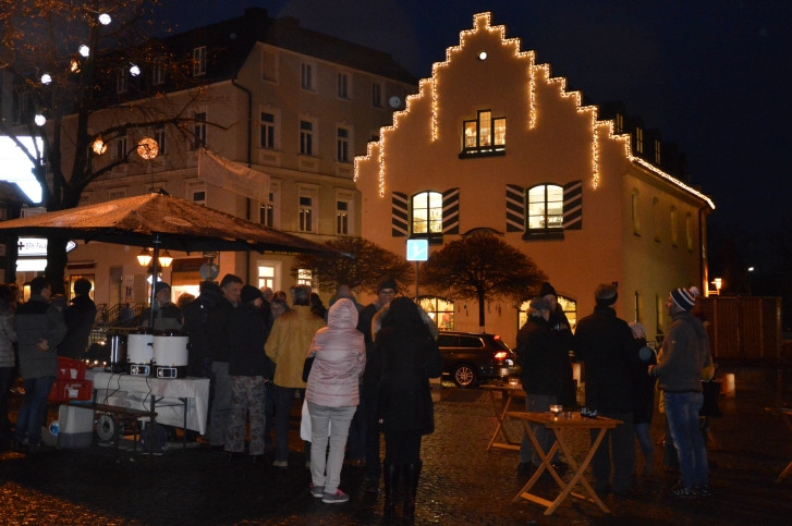 Winterbeleuchtung Holzkirchen. Credit: Markt Holzkirchen