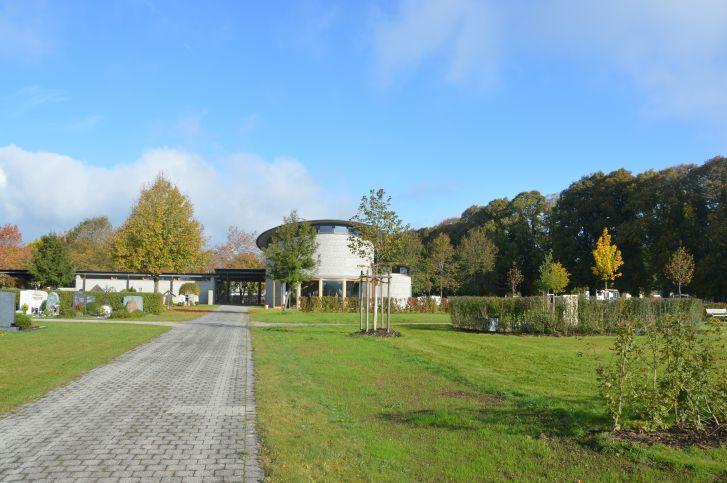 Neuer_Friedhof_Aussegnungshalle
